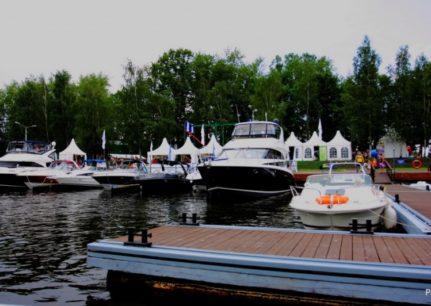 Ярмарка яхт и катеров 2010